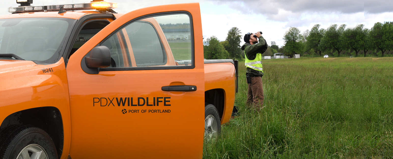 PDX Wildlife Team keeps passengers safe
