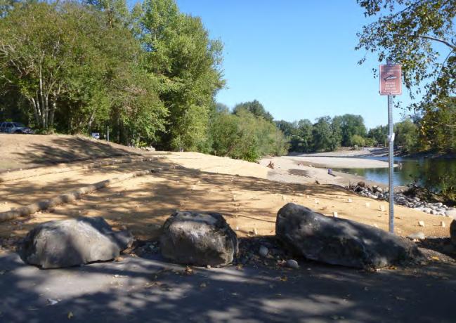 srestored-shoreline-at-parking-area