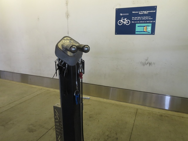 Bicycle repair stand and sign small